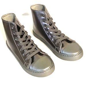 Qupid Hightop Sneakers Pewter Silver NEW